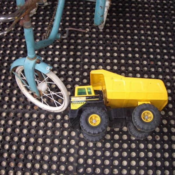M5 -toys