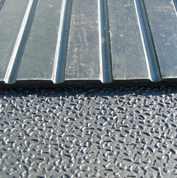 12mm Rubber Sheets M70 Fieldguard Rubber Matting
