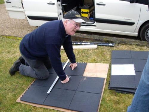 Laying-M116-interlocking-mats